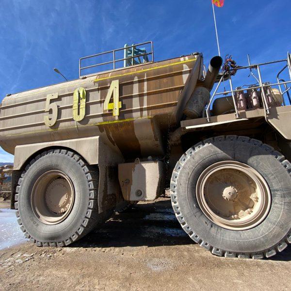 ABCDust - Camión aljibe cargado con aditivo DMS-DS
